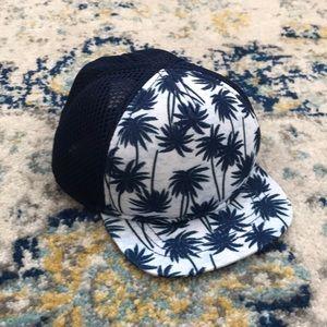NWOT Old Navy Infant Palm Tree Trucker Hat